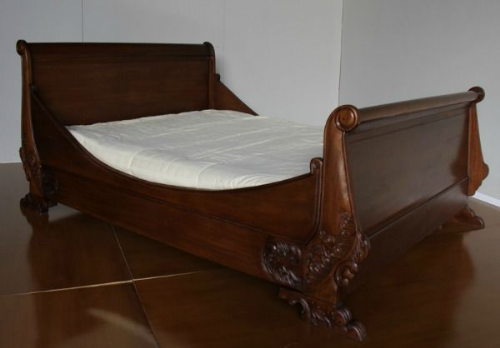 Sleigh Ornate Bed in Mahogany